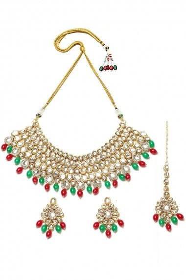 Golden Alloy Kundan Necklace Set with Green and Pink Pearls