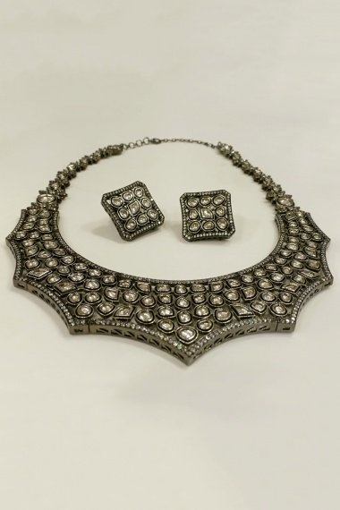 Silver Plated Original Foil Quoted Polki Necklace Set