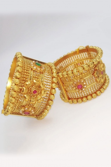 Traditional Golden Copper Openable Kada with Stone