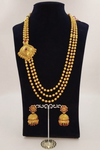 Gold Plated Layered Beads Chain Necklace Set with Side Brooch