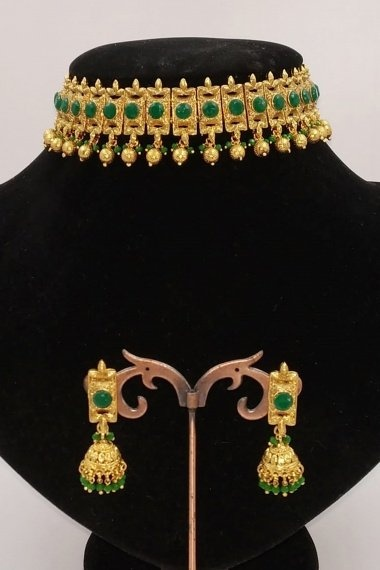 Gold Plated Chokar Necklace Set with Green Stone