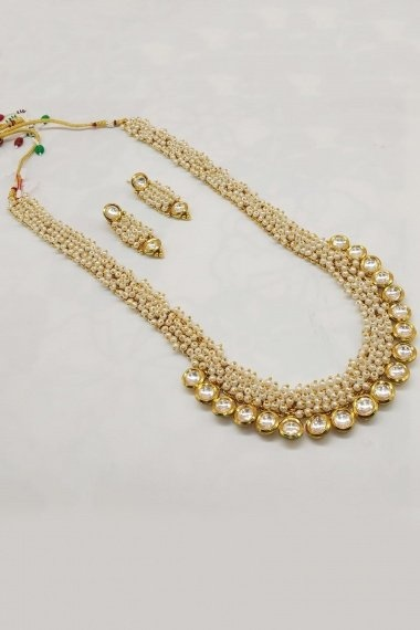 Golden and White Beads and Kundan Necklace Set