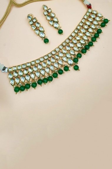 Gold Plated Choker Kundan Necklace Set with Green Pearls
