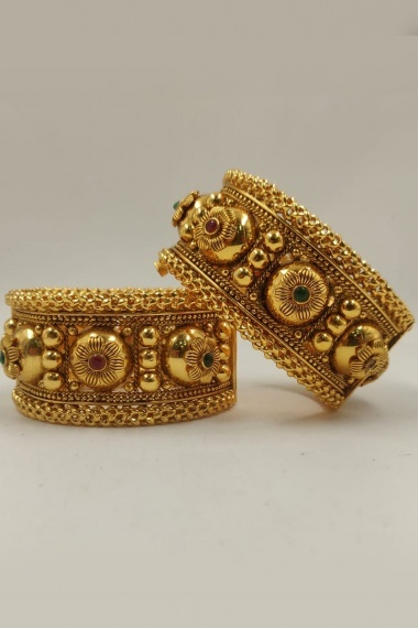 Traditional Gold Plated Openable Kada with Pink Stone