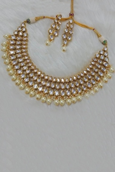 Golden Kundan Necklace Set with White Pearls
