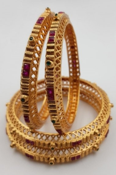 Gold Plated Stone Studded Bangles