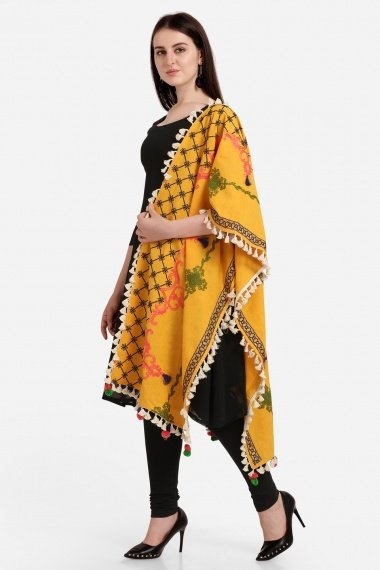 Yellow Cotton Stole with Tassels Lace
