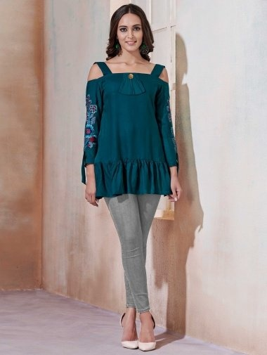 Rama Green Fancy Tunic with Thread Embroidery
