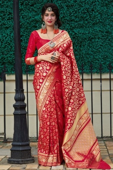 Red Art Silk Traditional Floral Woven Saree with Golden Touch