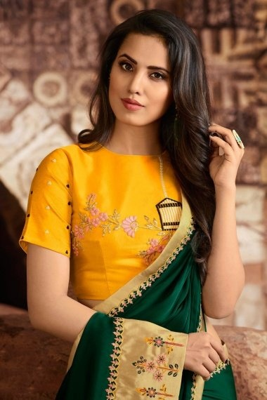 Green Georgette Silk Plain Saree with Contrast Embroidered Border and Pallu