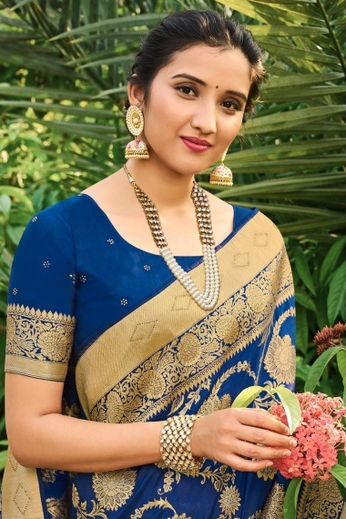 Navy Blue Silk Traditional Floral Jaal Woven Saree with Stone Work