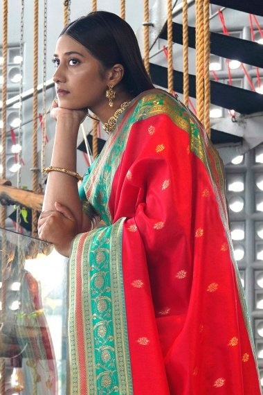 Red Art Silk Saree with Contrast Border and Pallu